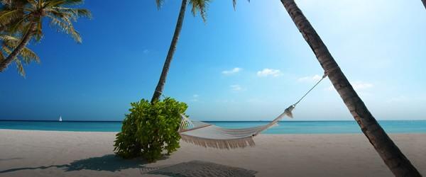 Seven_mile_beach_Cayman_Islands_Milestone_properties_forsale