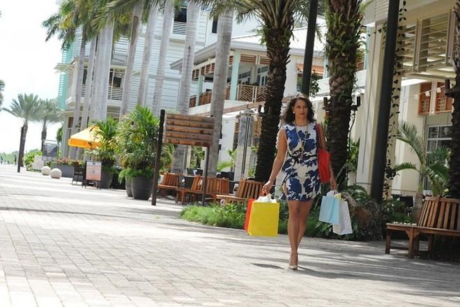 shopping_cayman