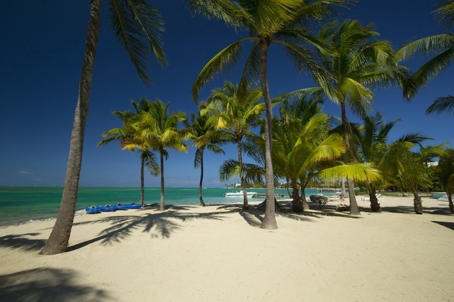 KoolOneBeach_MilestoneProperties_CaymanIslands_beachproperties